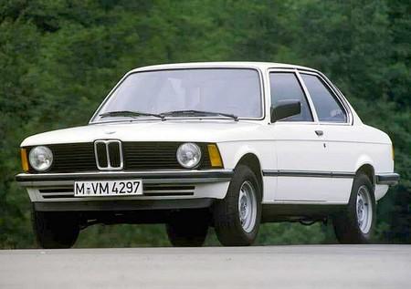 BMW E21 001
