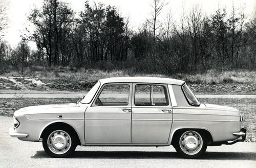 renault 10 1965 1971 l 39 automobile ancienne. Black Bedroom Furniture Sets. Home Design Ideas