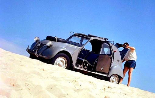 Citroën 2CV Sahara (1a)