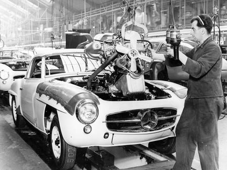 Mercedes 190SL production (1)