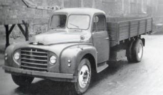 Panhard IE70 diesel (1)