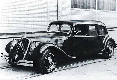 citro n traction 1934 1957 l 39 automobile ancienne. Black Bedroom Furniture Sets. Home Design Ideas