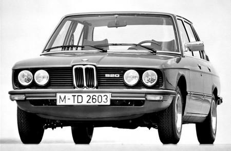 BMW Serie 5 E12 520 (1)