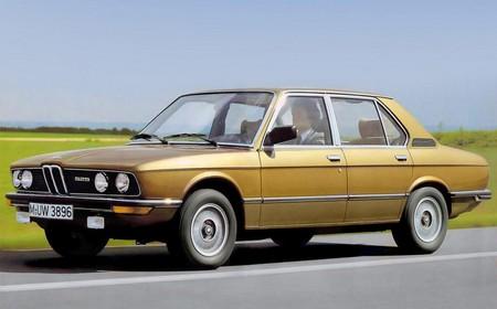 BMW Serie 5 E12 525 ph2 (1)