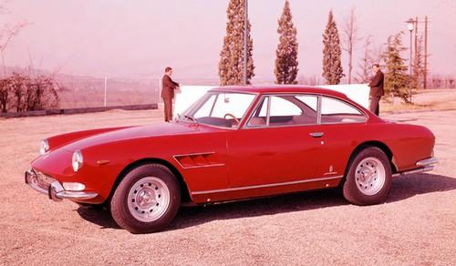 Ferrari 330 GT 2+2 (5)