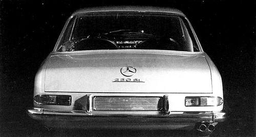 Mercedes-Benz 230SL Pininfarina (2)