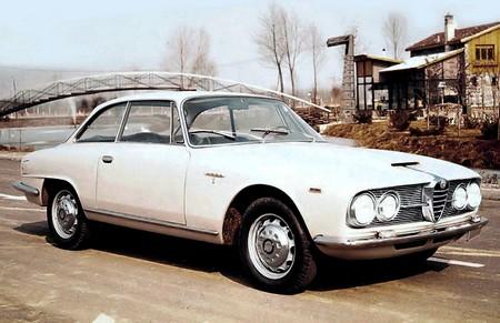 Alfa Romeo 2600 Sprint (3)
