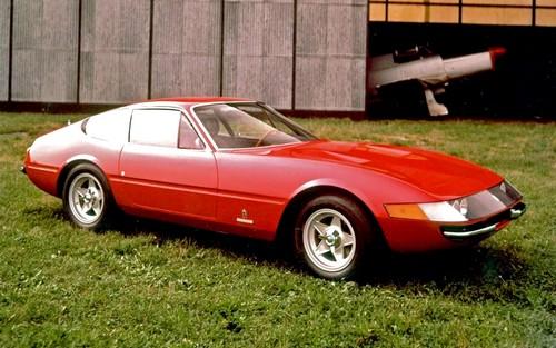 Ferrari 265 GTB4 Daytona (1)