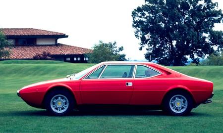 Ferrari 308 GT4 (1)