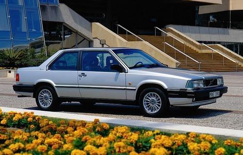 Volvo 780 Bertone (1)