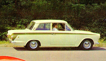 ford-cortina-lotus-3