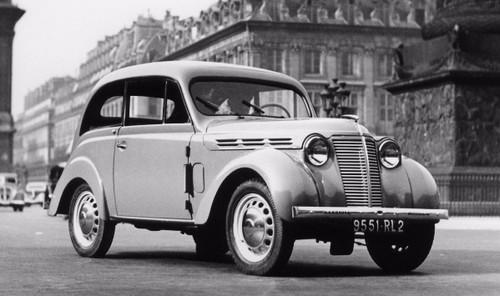 renault-juvaquatre-1938-3