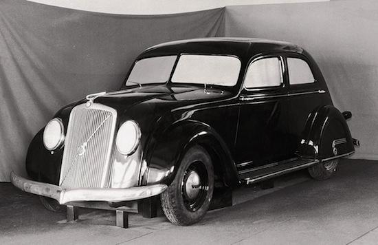 Volvo PV36 (1)