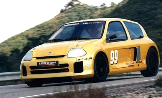Renault Clio V6 Ph.1 Trophy (4)