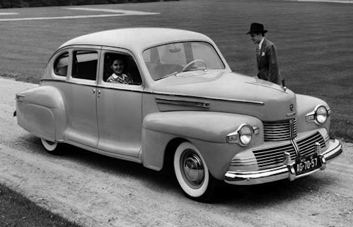 Lincoln Zephyr 1942 (2)