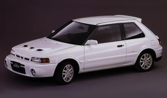 Mazda 323 GTR (2)