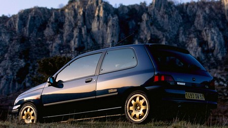 Renault Clio Williams (6)