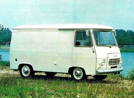 Peugeot J7 (8)