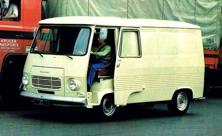 Peugeot J7 (9)