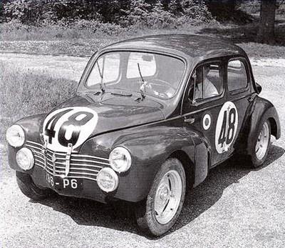 Renault 4CV R1063 (1)