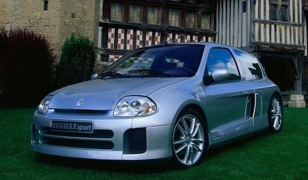 Renault Clio V6 Ph.1 (6)